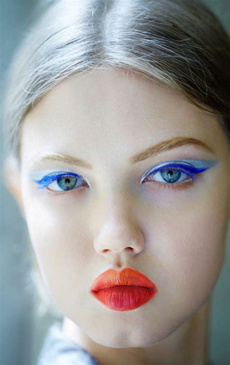 Lindsey Wixson backstage Dior Couture Fall 2012 | Makeup