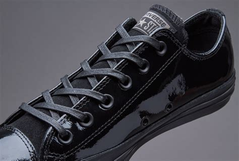 Converse Womens Chuck Taylor All Star Patent Leather Ox