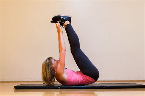Best Ab Workouts For Women- List of Top Lower Upper Abs