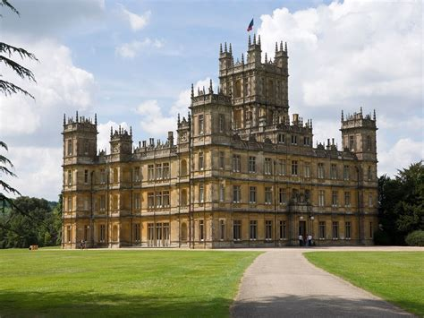 'Downton Abbey' Highclere Castle Is Taking Reservations