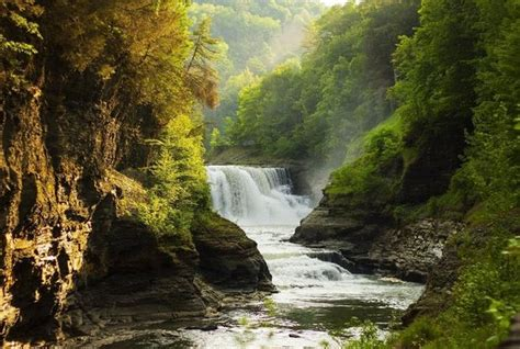 Summer hikes in Upstate NY: 10 easy hiking trails to enjoy